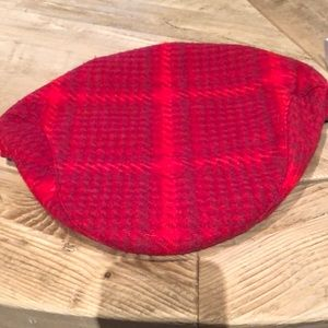 BURBERRY RED NEWSBOY CAP AUTHENTIC